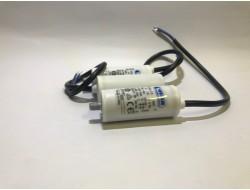 Kondensator silnikowy 8,0uF...