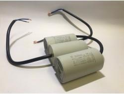 Kondensator silnikowy 20uF...